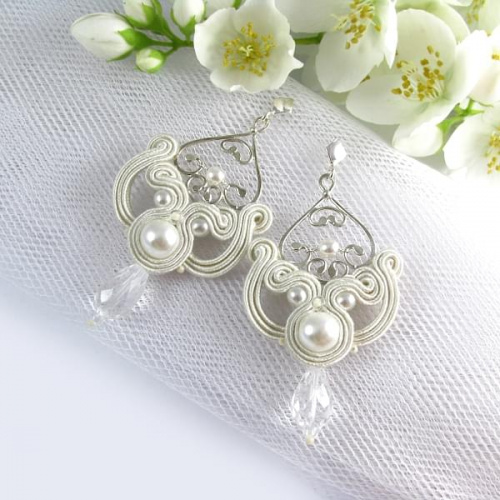 Hand embroidered bridal earrings