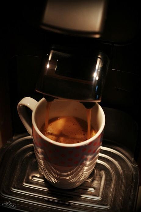 może kawki? kto chętny niech siada, już podaję :) #kawa